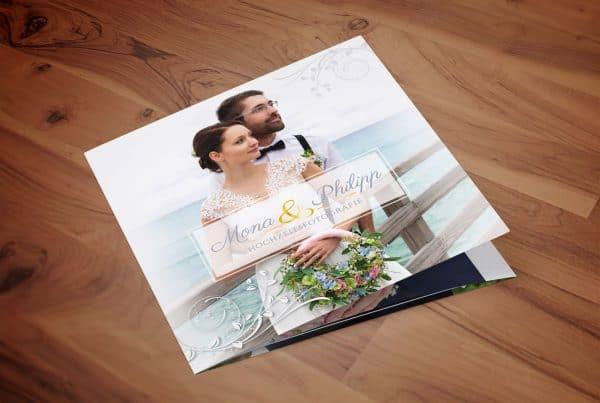 Flyer - Mona und Philipp - Hochzeitsfotografie, Prindesign, Flyer-Design, Grafik-Design, Andrea-Baitz, Grafikdesigner, Eckernförde, Raum Kiel, Rendsburg, Flensburg, Hamburg, Schleswig-Holstein